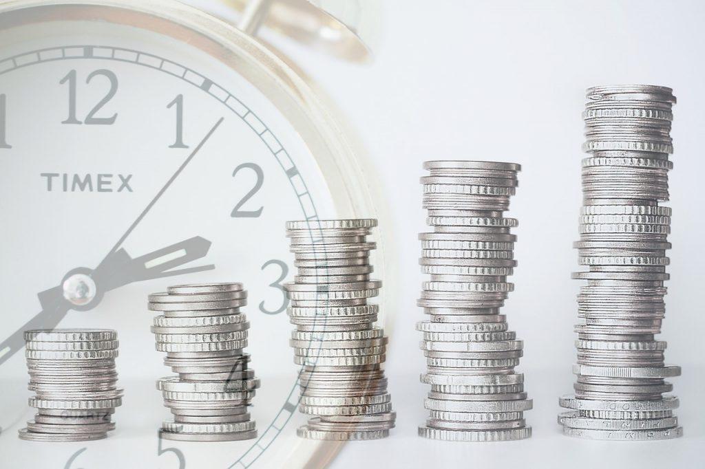 estrategias de inversión acciones tiempo dinero